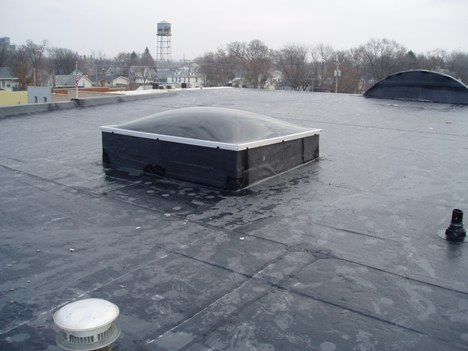What Is A Epdm Roofing System Commercial Roofing Materials